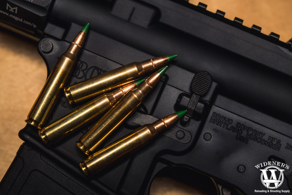 a photo of m855 green tip ammo